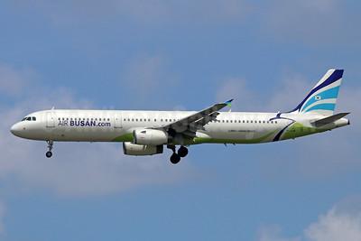 Air Busan (Air Busan.com) Airbus A321-231 HL7729 (msn 2110) NRT (Michael B. Ing). Image: 935619.