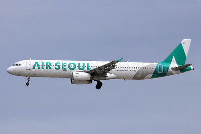 Air Seoul Airbus A321-231 HL7790 (msn 4142) NRT (Michael B. Ing). Image: 947575.
