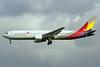 Asiana Airlines Boeing 767-38E HL7515 (msn 25762) NRT (Michael B. Ing). Image: 910889.