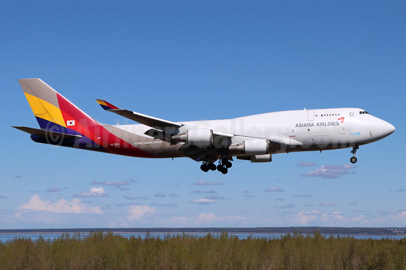 Asiana Airlines Boeing 747-48E (F) HL7421 (msn 25784) ANC (Michael B. Ing). Image: 938249.