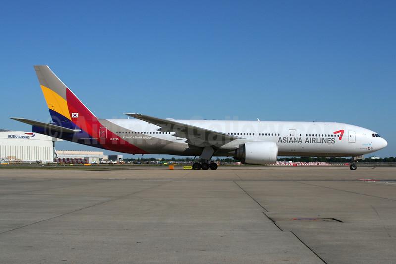 Asiana Airlines Boeing 777-28E ER HL7755 (msn 30861) LHR (Wingnut). Image: 903121.