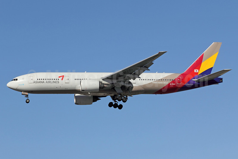 Asiana Airlines Boeing 777-28E ER HL7500 (msn 28685) LAX (Michael B. Ing). Image: 910890.