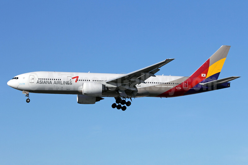 Asiana Airlines Boeing 777-28E ER HL7756 (msn 30860) LAX (Michael B. Ing). Image: 910893.