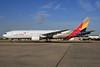 Asiana Airlines Boeing 777-28E ER HL7739 (msn 29175) LHR. Image: 928046.