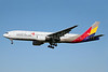Asiana Airlines Boeing 777-28E ER HL7597 (msn 28686) SYD (John Adlard). Image: 902320.