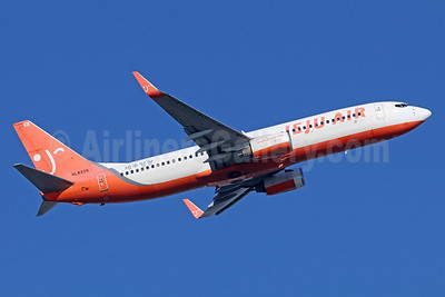 Jeju Air Boeing 737-86J WL HL8206 (msn 30877) NRT (Michael B. Ing). Image: 935616.