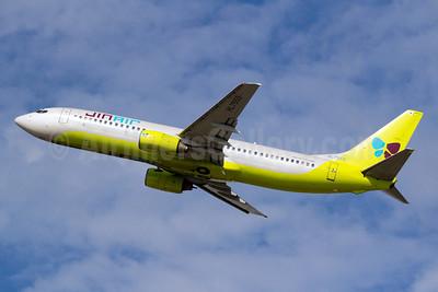 Jin Air Boeing 737-86N HL7555 (msn 30230) PVG (Yuji Wang). Image: 910844.