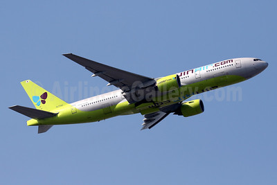 JinAir.com (Jin Air) Boeing 777-2B5 ER HL7743 (msn 34208) HKG (Javier Rodriguez). Image: 936163.