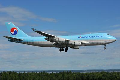 Korean Air Cargo Boeing 747-4B5F ER HL7603 (msn 34302) ANC (Ken Petersen). Image: 930044.