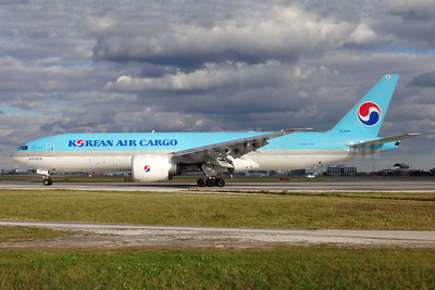Korean Air Cargo Boeing 777-FB5 HL8285 (msn 37641) YYZ (TMK Photography). Image:  937096.