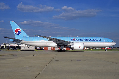 Korean Air Cargo Boeing 777-FB5 HL8285 (msn 37641) FRA (Jacques Guillem Collection). Image: 937095.