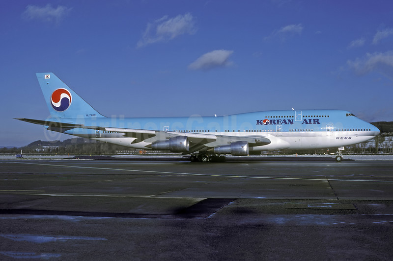 Korean Air Boeing 747-3B5 HL7469 (msn 22489) ZRH (Rolf Wallner). Image: 944902.