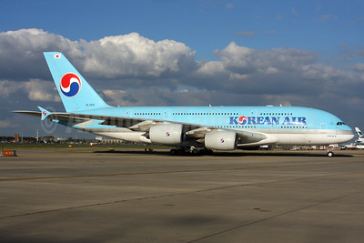 Korean Air Airbus A380-861 HL7615 (msn 075) LHR (SPA). Image: 937539.