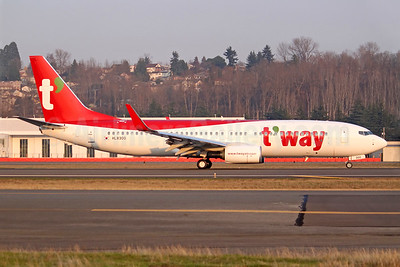 t'way Air Boeing 737-800 WL HL8300 (msn 64872) BFI (Joe G. Walker). Image: 940289.