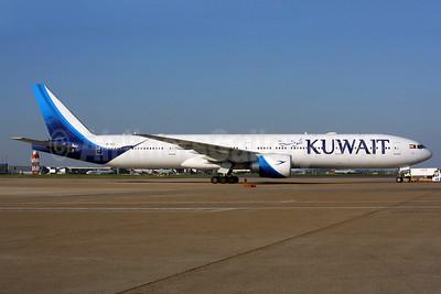 Kuwait Airways Boeing 777-369 ER 9K-AOC (msn 62561) LHR. Image: 937512.