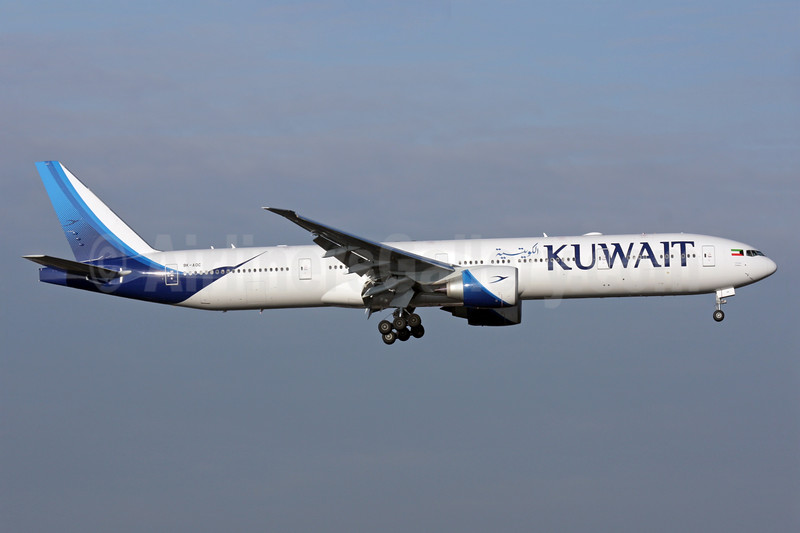 Kuwait's first Boeing 777-300, delivered on December 8, 2016, in service December 15, 2016 Kuwait City - Dubai