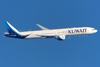 Kuwait Airways Boeing 777-369 ER 9K-AOC (msn 62561) LHR (Greenwing). Image: 937136.