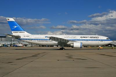 Kuwait Airways Airbus A300B4-605R 9K-AMD (msn 719) LHR. Image: 939833.