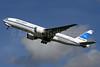 Kuwait Airways Boeing 777-269 ER 9K-AOB (msn 28744) LHR (SPA). Image: 925233.