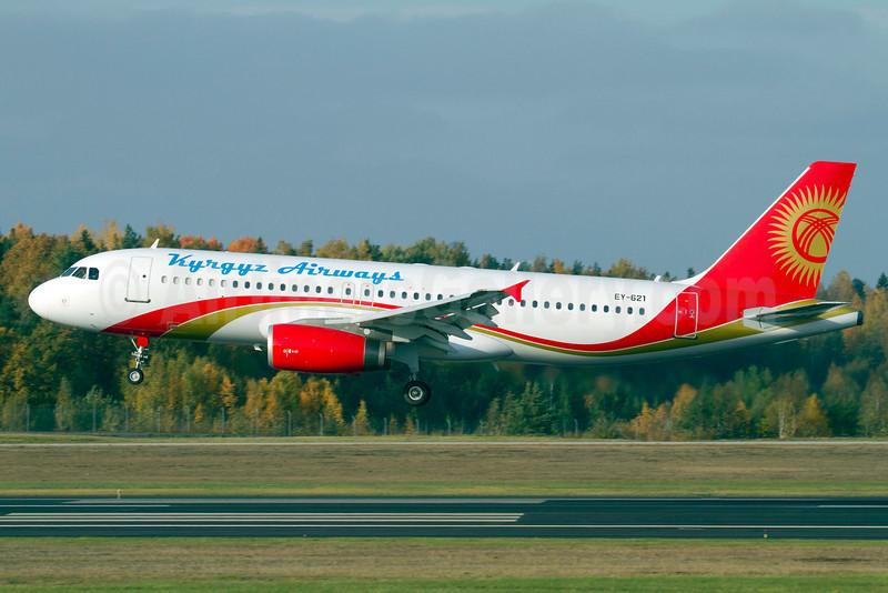 Kyrgyz Airways (Eastok Avia) Airbus A320-231 EY-621 (msn 386) ARN (Stefan Sjogren). Image: 905556.