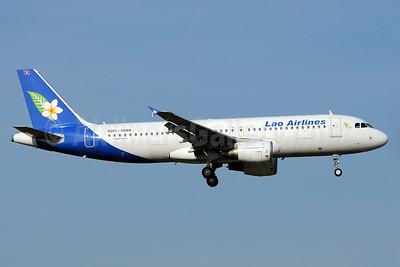 Lao Airlines Airbus A320-214 RDPL-34188 (msn 4596) BKK (Richard Vandervord). Image: 923588.