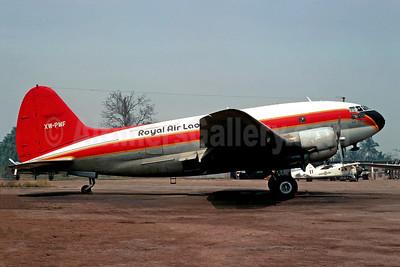Royal Air Lao - Air Union Curtiss C-46F-1-CU Commando XW-PMF (msn 22561) VTE (Christian Volpati). Image: 901691.