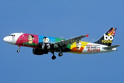"""AirAsia's 2009 """"bo rocks"""" logo jet"""
