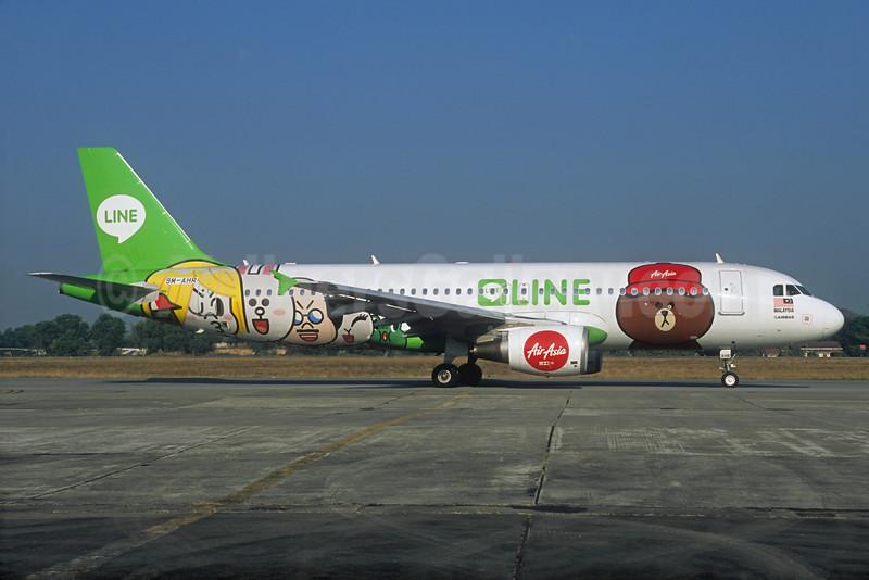 """AirAsia's 2014 """"LINE"""" special livery"""