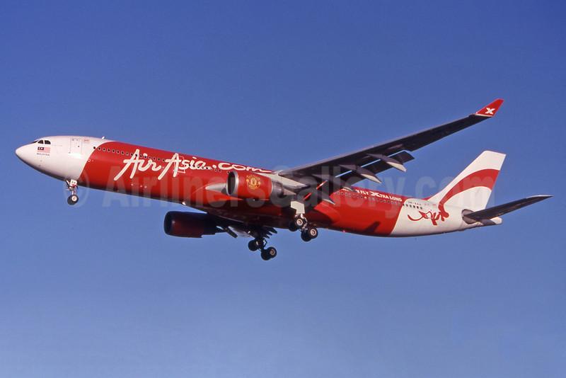 AirAsia X (AirAsia.com) Airbus A330-301 9M-XAA (msn 054) OOL (Pepscl). Image: 901126.