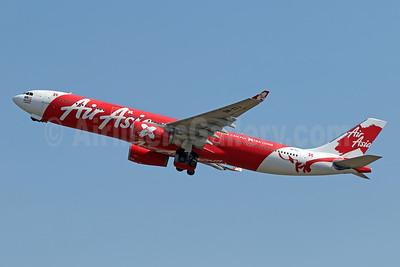 AirAsia X (AirAsia.com) Airbus A330-343 9M-XXJ (msn 1423) DPS (Pascal Simon). Image: 942313.