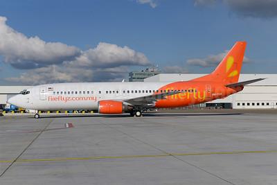 Firefly (fireflyz.com.my) Boeing 737-430 9M-FZA (msn 27001) AMS (Ton Jochems). Image: 922521.