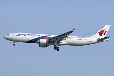 Malaysia Airlines Airbus A330-323 9M-MTB (msn 1219) BKK (Michael B. Ing). Image: 942668.