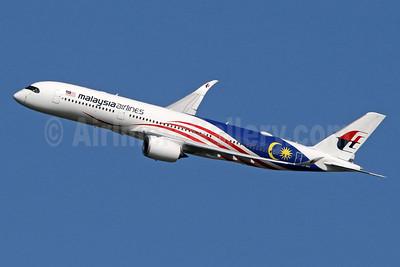 Malaysia Airlines Airbus A350-941 9M-MAC (msn 165) (Negaraku) LHR (SPA). Image: 943691.