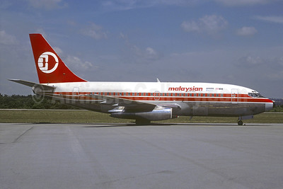 Malaysian Airline System (MAS) Boeing 737-2H6C 9M-MBI (msn 21109) KUL (Martin Hornlimann - Christian Volpati Collection). Image: 937892.