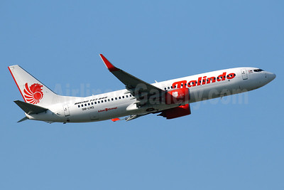 Malindo Air Boeing 737-8GP WL 9M-LNQ (msn 39857) HKG (Javier Rodriguez). Image: 938426.