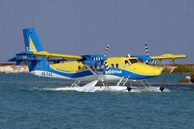Trans Maldivian Airways-TMA de Havilland Canada DHC-6-300 Twin Otter 8Q-TAC (msn 580) MLE (Paul Denton). Image: 911842.
