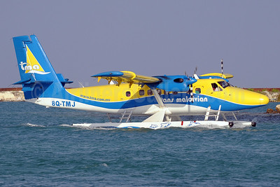 Trans Maldivian Airways-TMA de Havilland Canada DHC-6-300 Twin Otter 8Q-TMJ (msn 781) MLE (Paul Denton). Image: 911843.