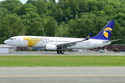 Mongolian Airlines (MIAT) Boeing 737-8SH WL JU-1015 (msn 41318) BFI (Steve Bailey). Image: 922803.