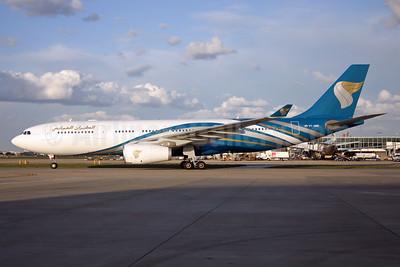 Oman Air Airbus A330-243 VT-JWE (msn 807) LHR (SPA). Image: 924632.