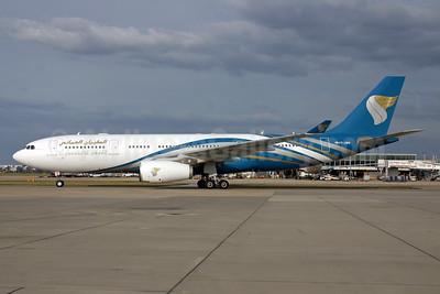 Oman Air Airbus A330-243 VT-JWD (msn 751) LHR (SPA). Image: 903096.