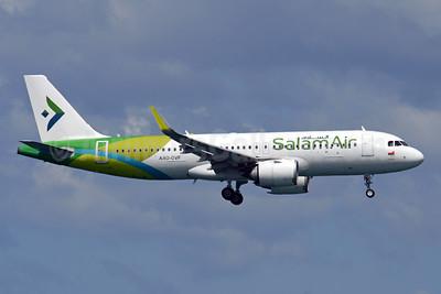 SalamAir Airbus A320-251N A40-OVF (msn 9017) HKT (Karl Cornil). Image: 952687.