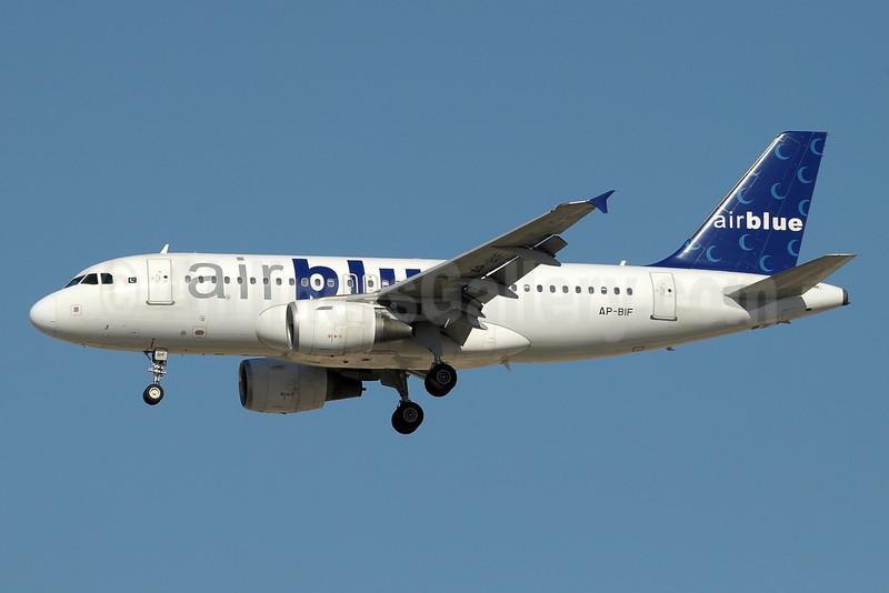 Airblue Airbus A319-112 AP-BIF (msn 3388) DXB (Paul Denton). Image: 912412.