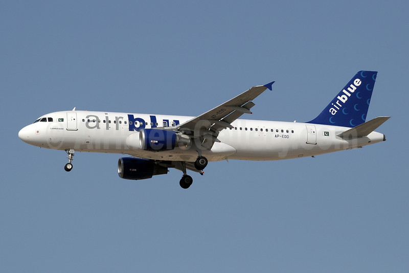 Airblue Airbus A320-214 AP-EDO (msn 1467) DXB (Paul Denton). Image: 909900.