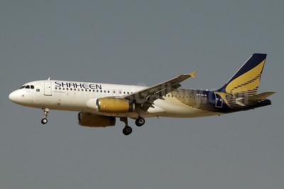 Shaheen Air International Airbus A320-232 AP-BLN (msn 3270) DXB (Paul Denton). Image: 923655.