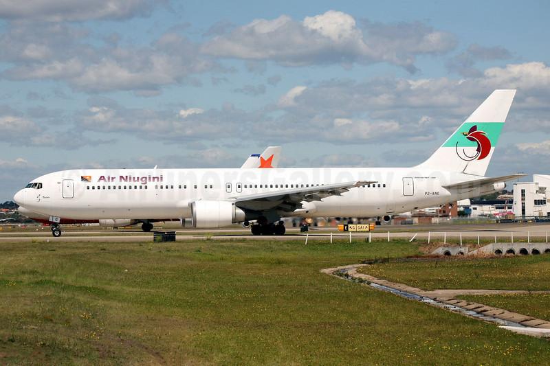 Air Niugini Boeing 767-319 ER P2-ANG (msn 24875) SYD (John Adlard). Image: 901301.