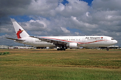 Air Niugini Boeing 767-366 ER P2-ANA (msn 24541) (Jacques Guillem Collection). Image: 929446.