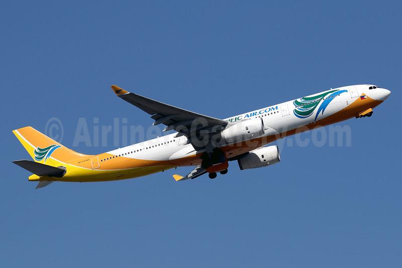Cebu Pacific Air (Cebu Pacific Air.com) Airbus A330-343 RP-C3343 (msn 1495) HKG (Javier Rodriguez). Image: 936051.