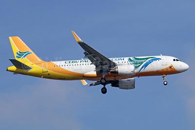 Cebu Pacific Air (Cebu Pacific Air.com) Airbus A320-214 WL RP-C3277 (msn 5934) SIN (Michael B. Ing). Image: 934895.