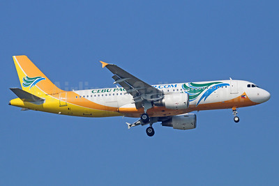 Cebu Pacific Air (Cebu Pacific Air.com) Airbus A320-214 RP-C3271 (msn 5381) BKK (Michael B. Ing). Image: 921904.