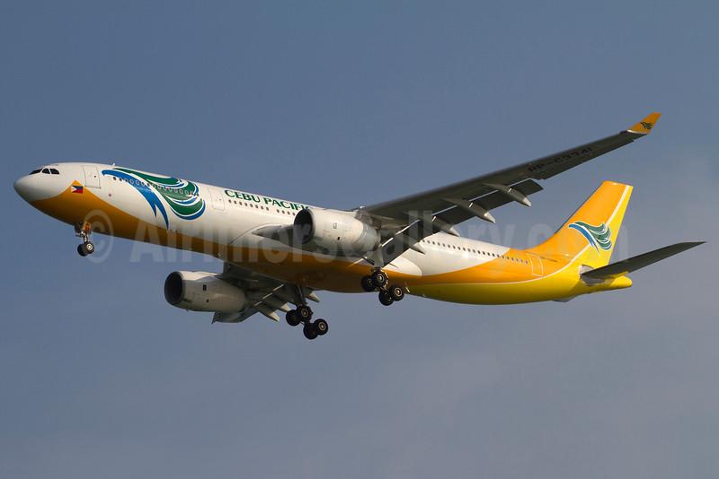 Cebu Pacific Air (Cebu Pacific Air.com) Airbus A330-343 RP-C3341 (msn 1420) SIN (Kok Chwee K. C. Sim). Image: 912530.